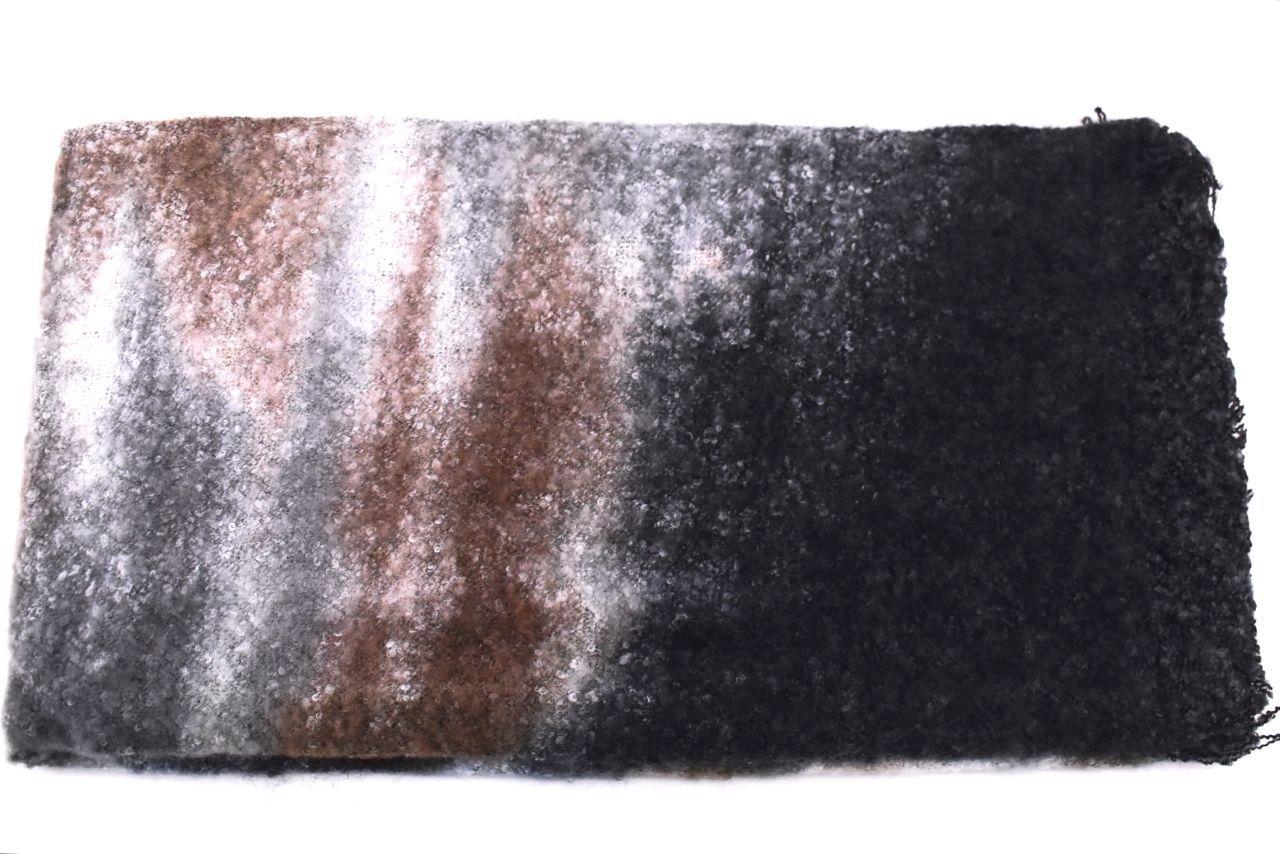 Levně Dámská vzorovaná šála - černá