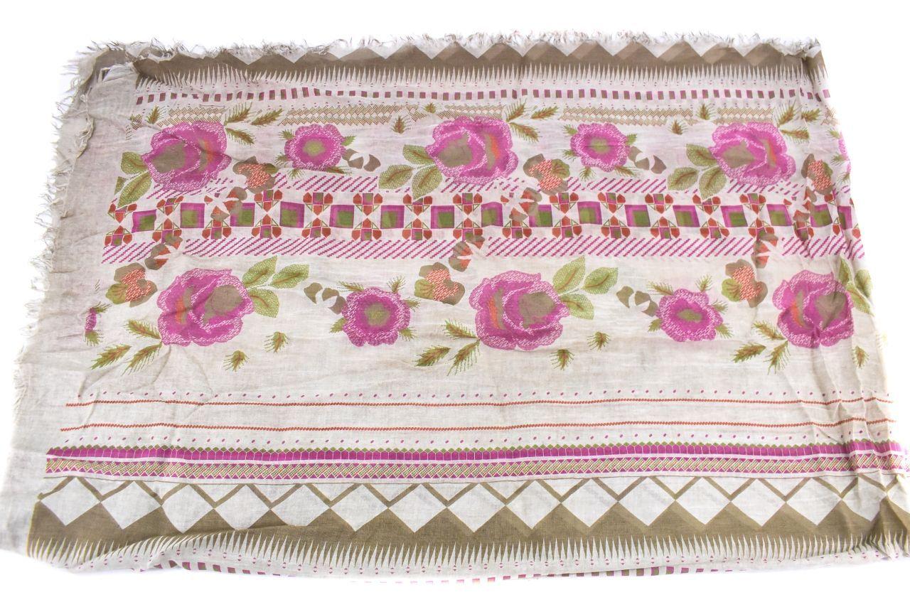Dámský šátek Made in Italy  s květovaným vzorem - béžová