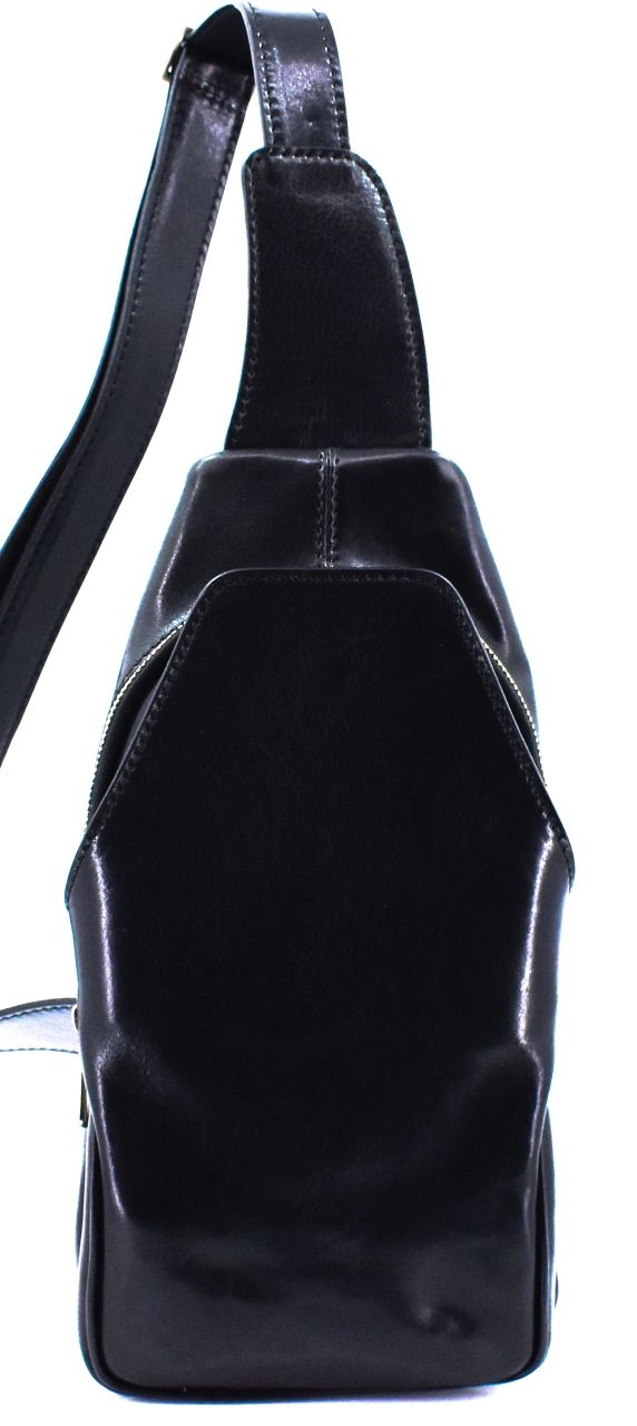 Moderní kožená taška přes rameno - černá