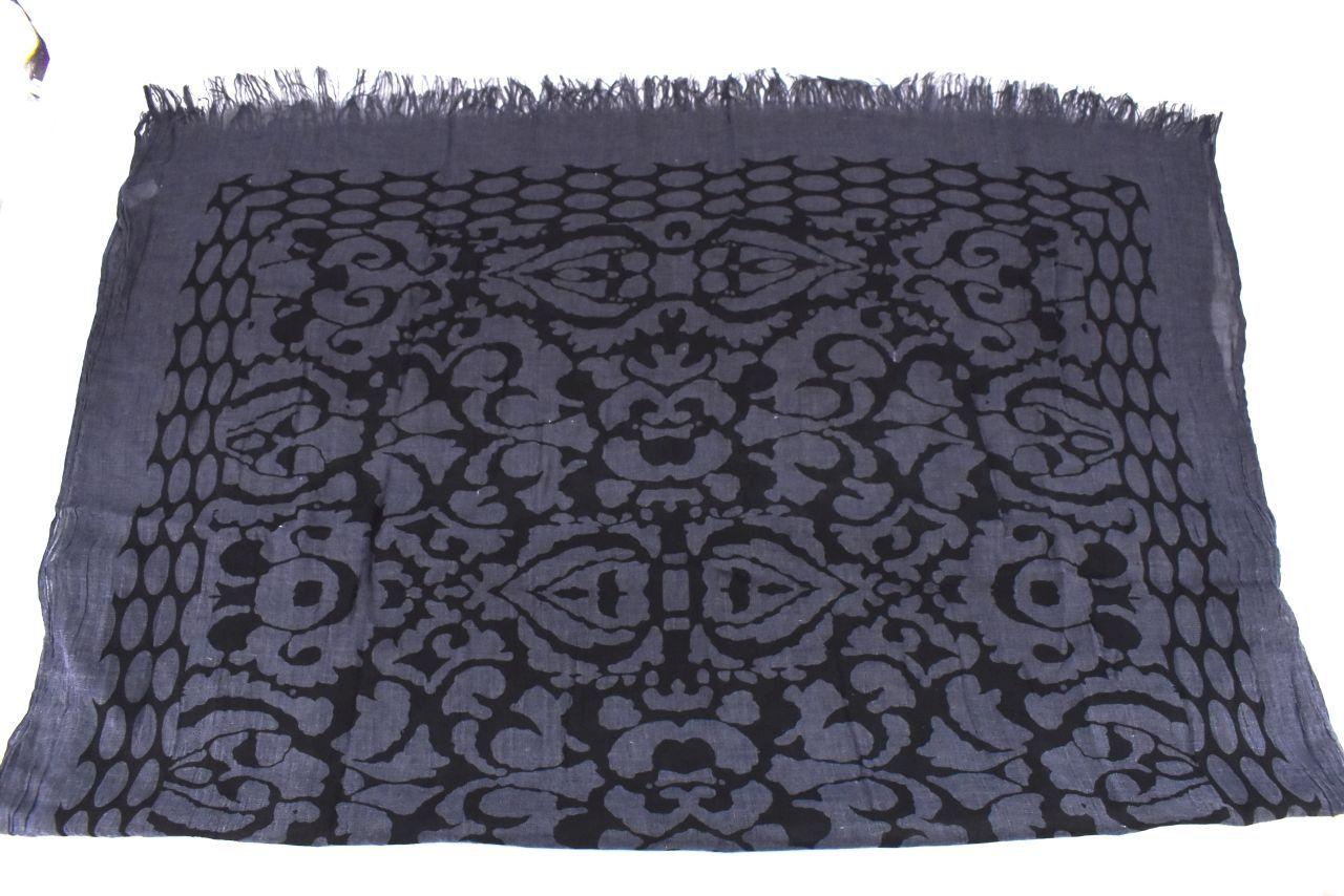 Vzorovaný šátek - tmavě modrá