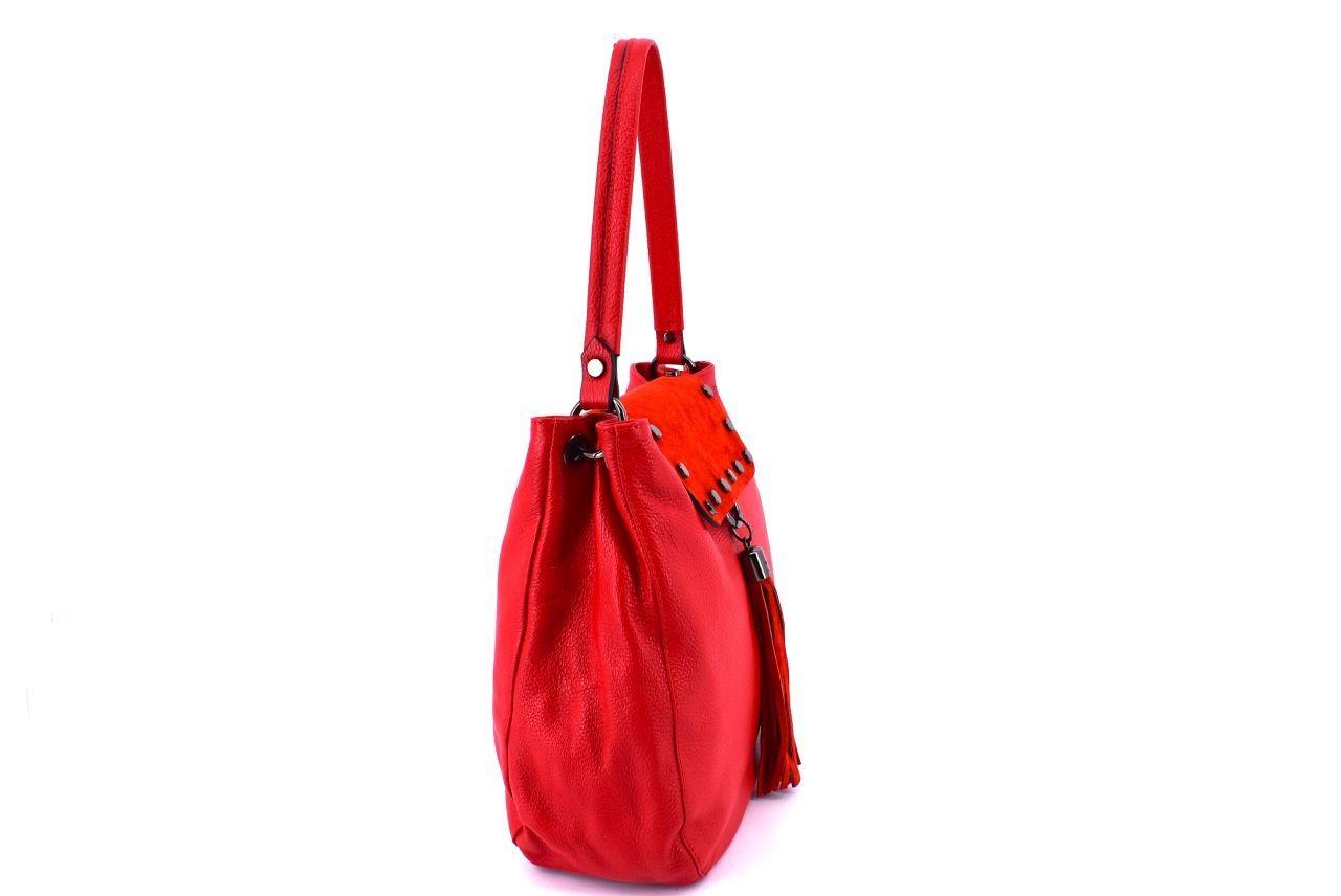 Dámská kožená kabelka s klopnou Arteddy - červená 36895