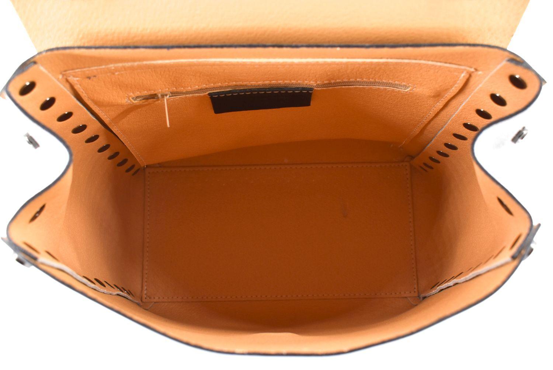 Dámský kožený batoh a kabelka v jednom / Arteddy - krémová 36887