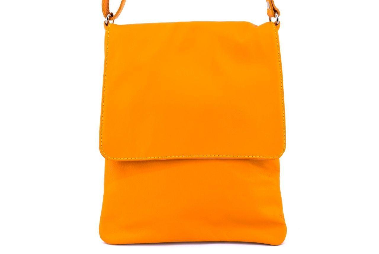 Dámská kožená crossbody kabelka s klopnou Arteddy - žlutá 36944
