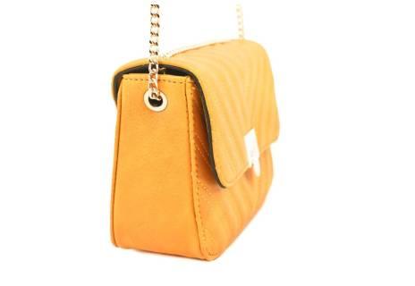Dámská prošívaná kabelka s klopnou