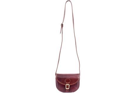 Dámská kožená crossbody kabelka s klopnou